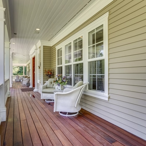 What Are The Best Deck Stain Colors For A Yellow Home?